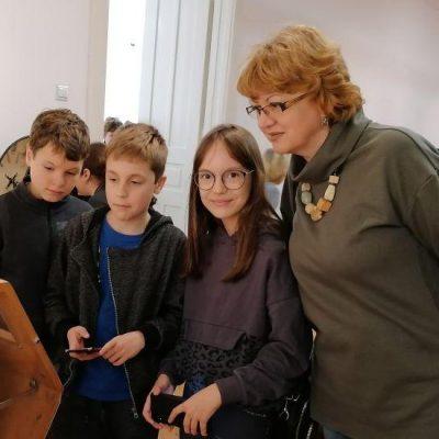 """Varga Ildikó – """"…minden nap megtanítanak arra, hogy milyen újra gyereknek lenni"""""""